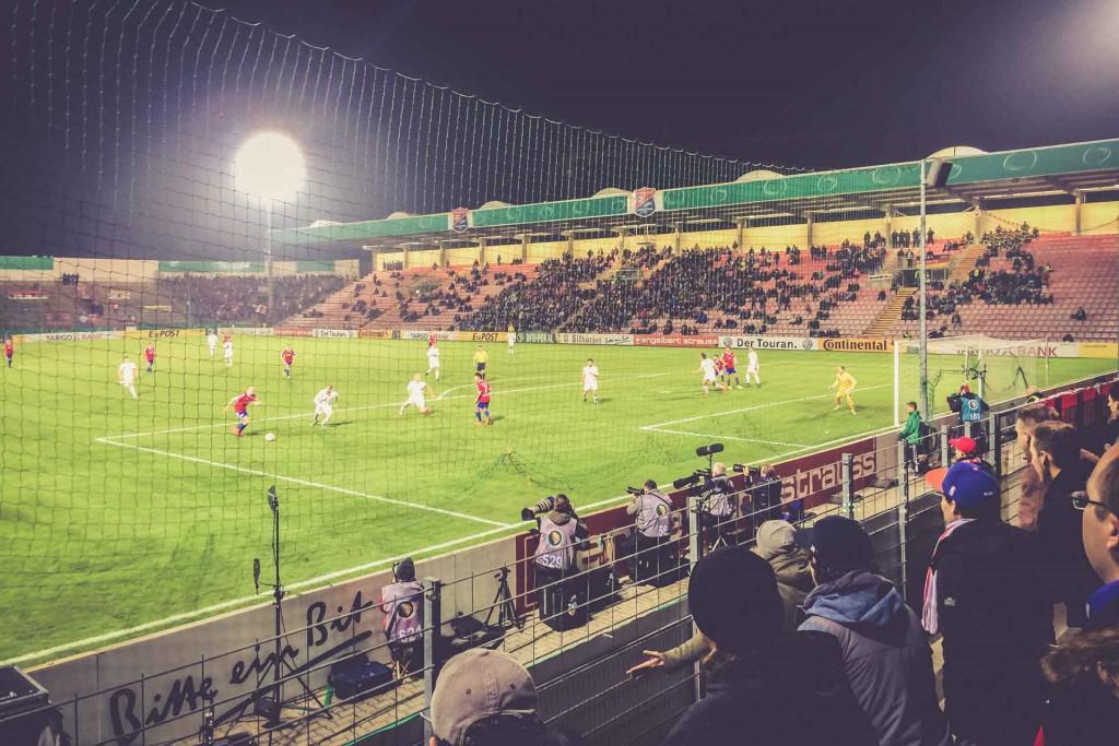 Alpenbauer Sportpark, SpVgg Unterhaching – RB Leipzig