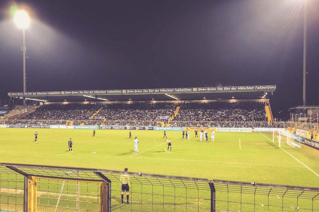 Stadion an der Grünwalder Straße, 1860 München - VfR Garching