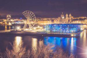 Marseille bei Nacht