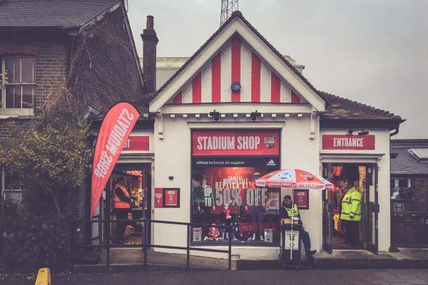 Griffin Park, Brentford - Stadion Shop