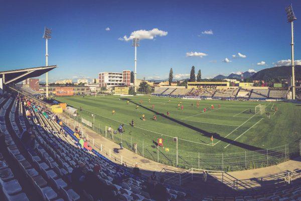 Stadionul Tineretului, Brașov - FC Brasov - Luceafarul Oradea