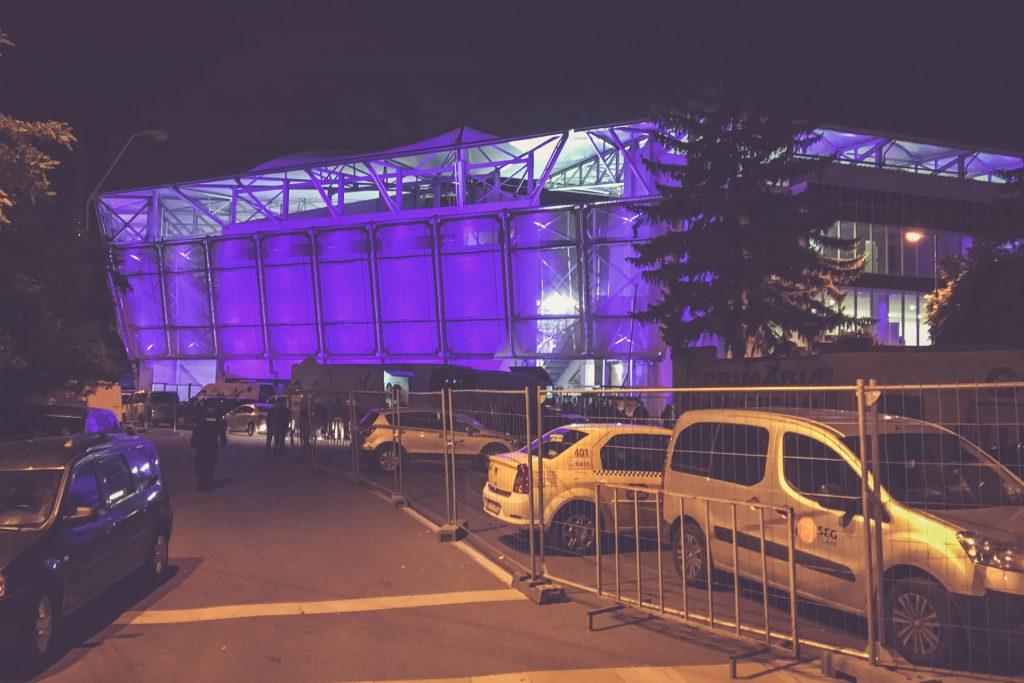 Stadionul Ilie Oană, Ploiești nachts