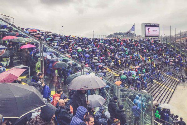 Stadio Atleti Azzurri d'Italia, Regenschirme