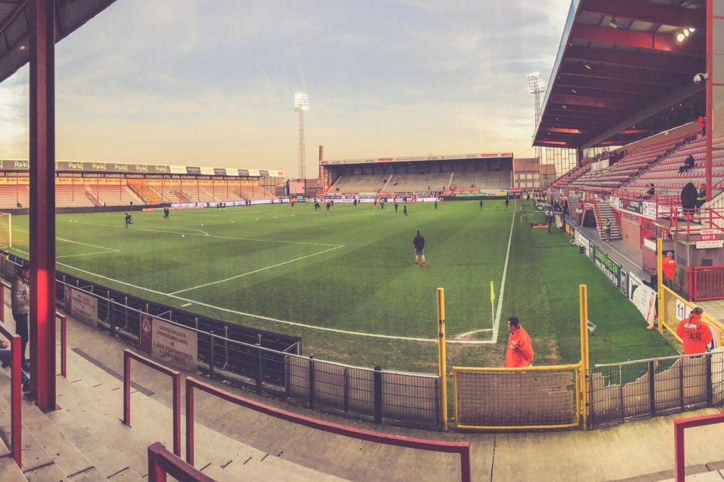 Guldensporenstadion leer - KV Kortrijk, Belgien